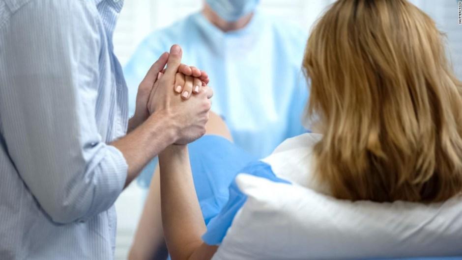 Un gen muy raro podría explicar por qué hay mujeres que no necesitan un alivio para el dolor del parto