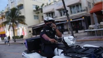 No todos cumplen con el toque de queda en Miami