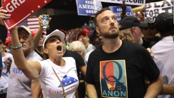 Twitter elimina miles de cuentas de Qanon