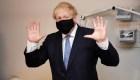 Boris Johnson pide mantenerse alerta ante el covid-19