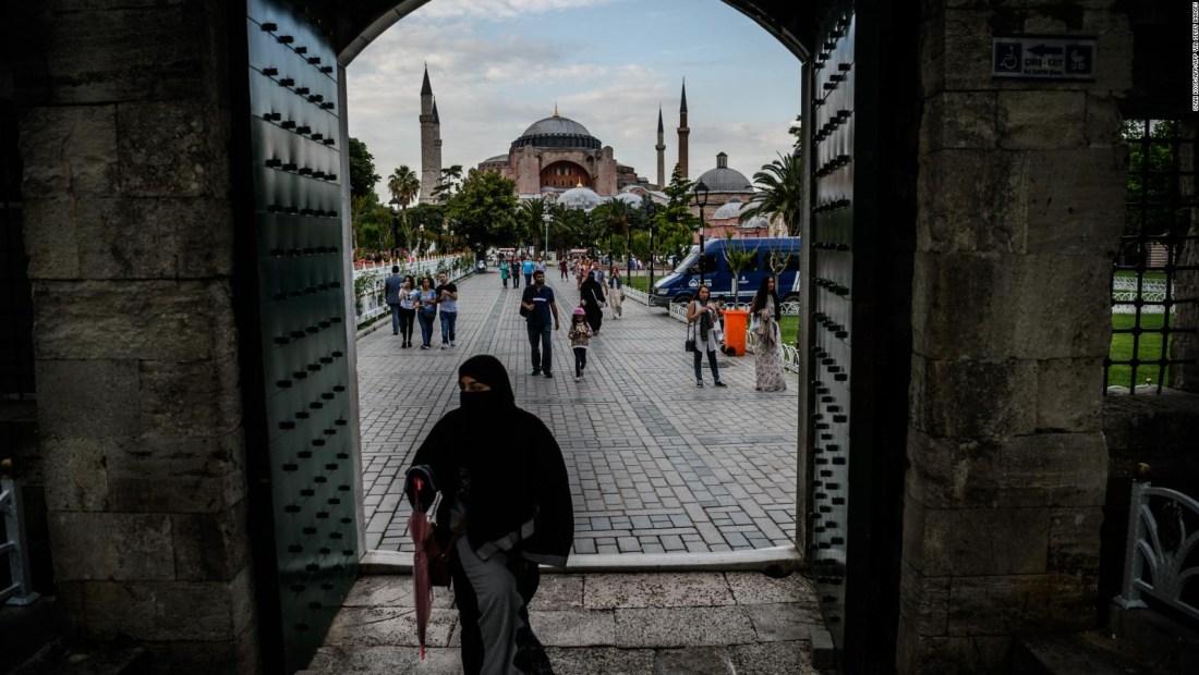 Santa Sofía es ahora una mezquita, ¿qué hay detrás?