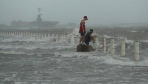 3 ciclones tropicales amenazan EE.UU., México y el Caribe