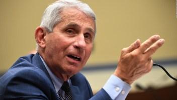 Dr. Fauci opina que EE. UU. perdió la oportunidad de controlar el covid-19