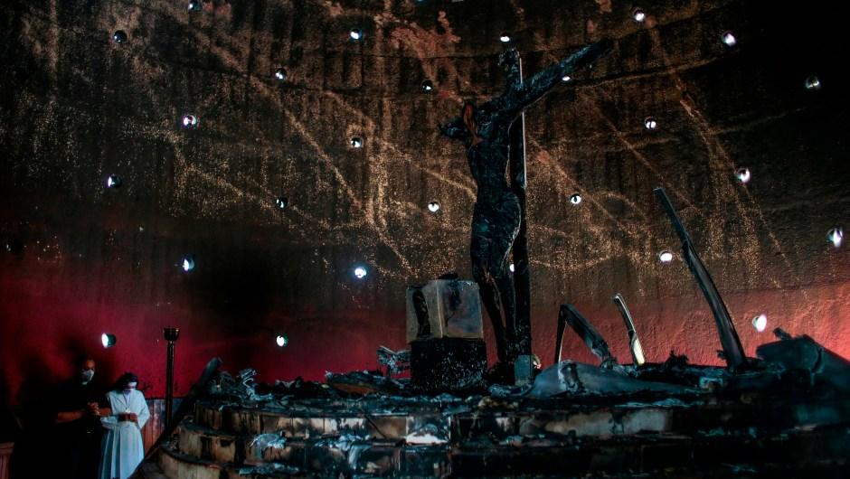 incendio-catedral-nicaragua