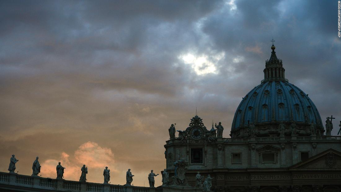 Un informe dice que China es sospechosa de hackear el Vaticano. Este es el porqué