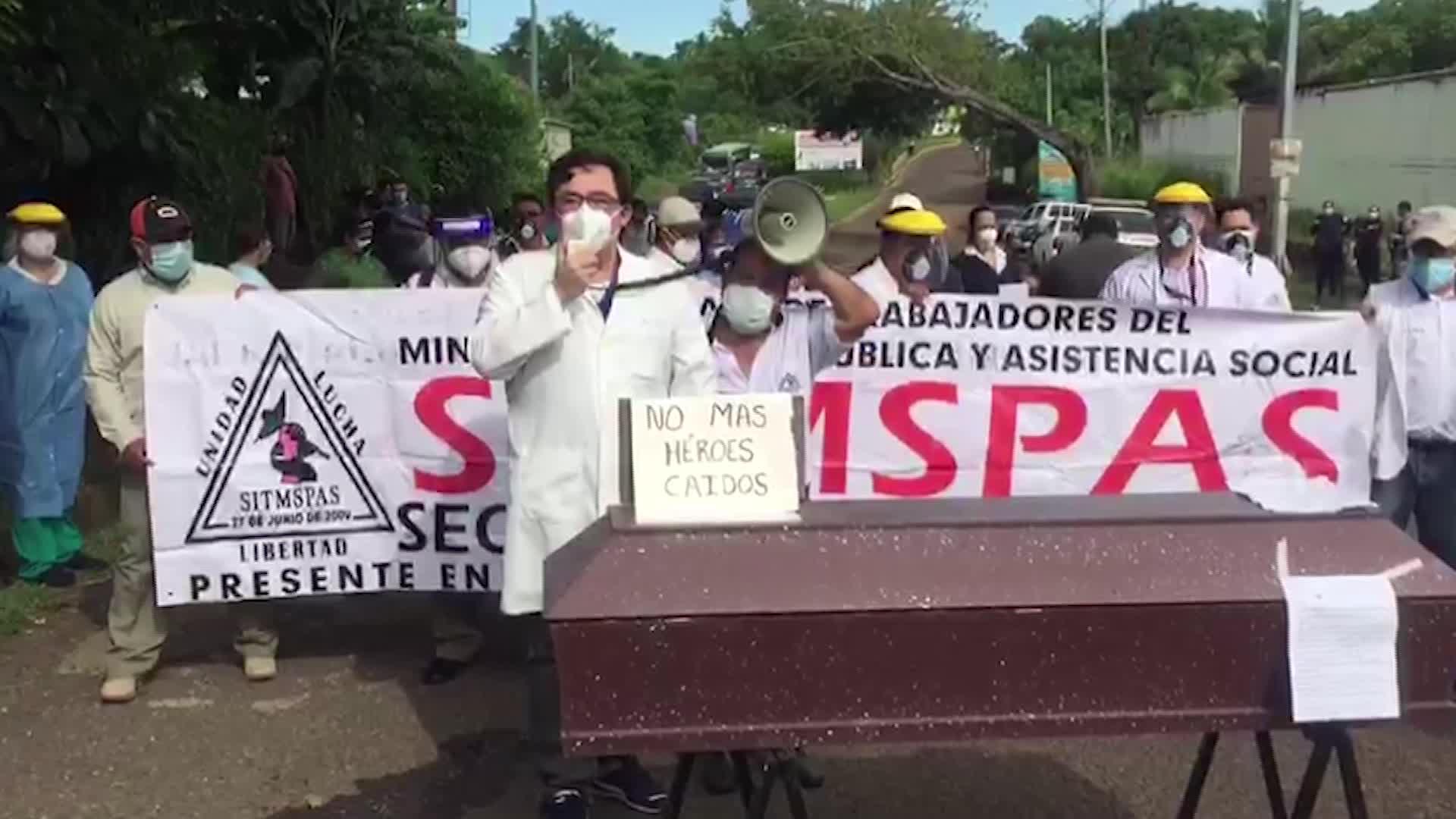 Personal médico de El Salvador pide cuarentena nacional de 15 días ante aumento de casos de coronavirus
