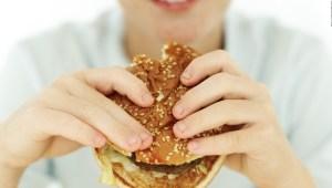 5 maneras en que el covid-19 cambió el consumo de comida rápida