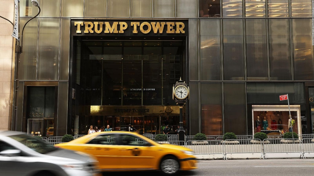 Juez federal falla contra Trump y las finanzas de sus empresas