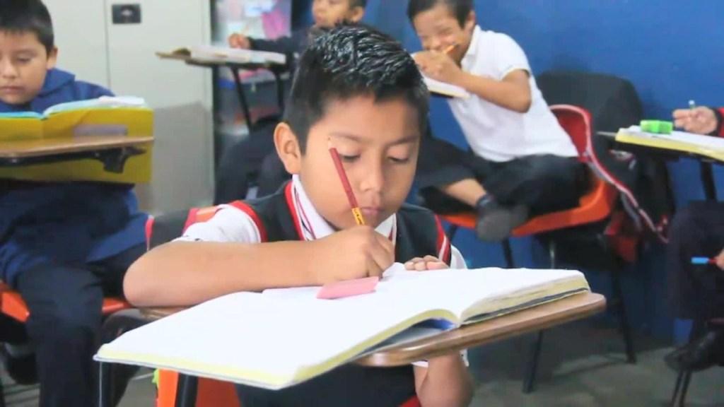 México iniciará educación por TV sin estrategia clara