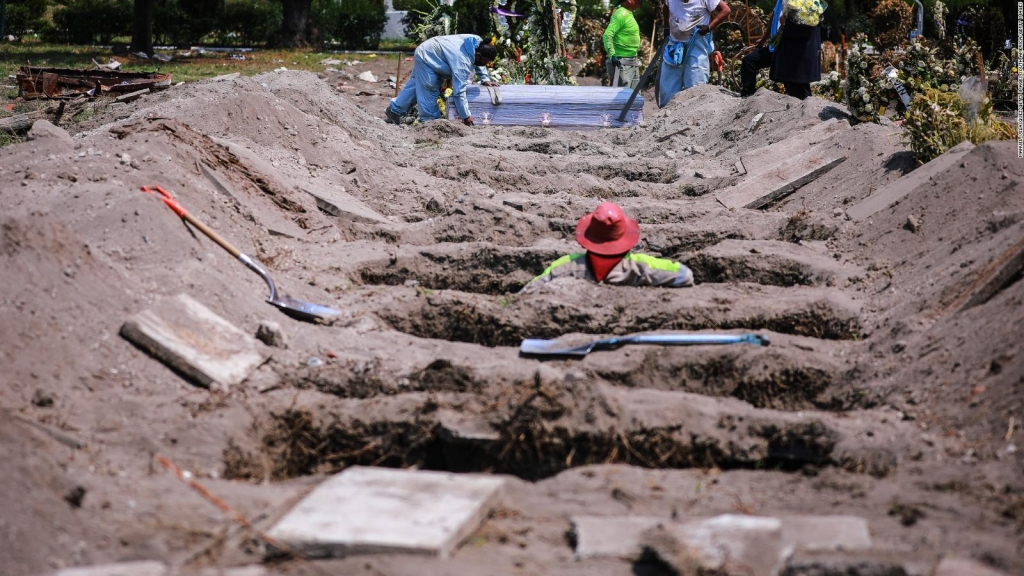 México: 50.000 muertes y expertos prevén crisis compleja