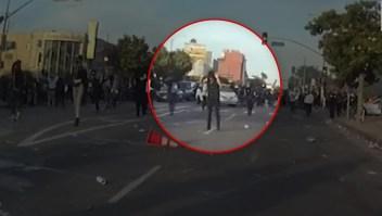 Tenía las manos en alto cuando le disparó la Policía, según video