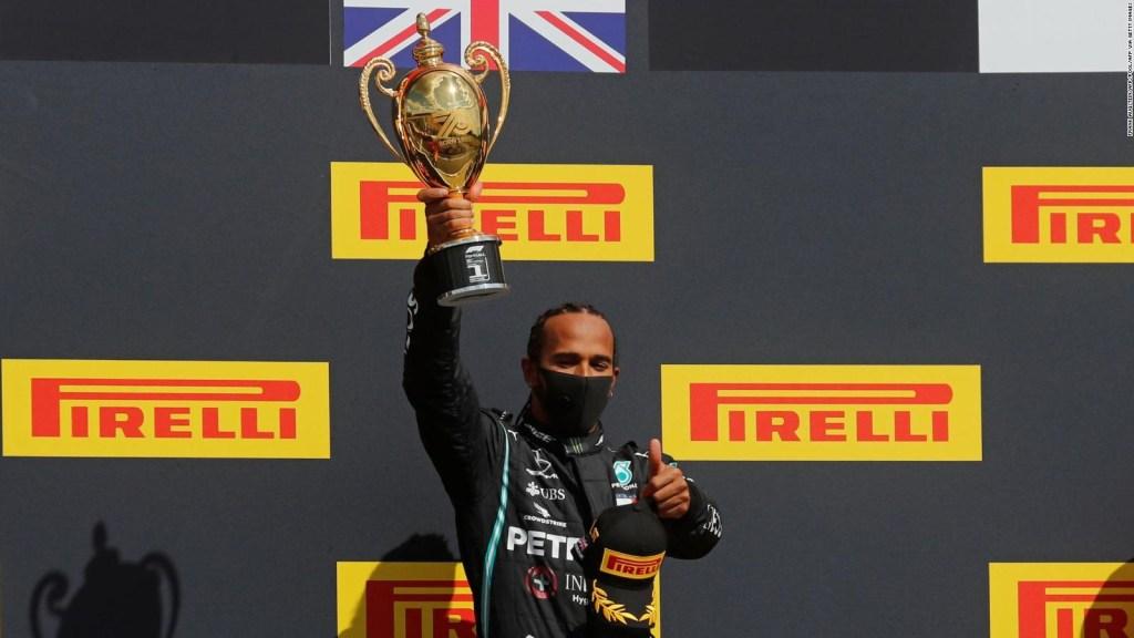 Mercedes extiende su dominio en los ensayos de Silverstone