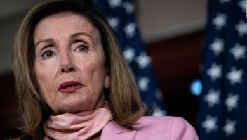 """Facebook: Clip viral de Pelosi es """"parcialmente falso"""""""