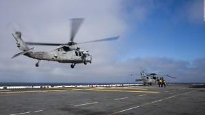Recuperan cuerpos de militares en California