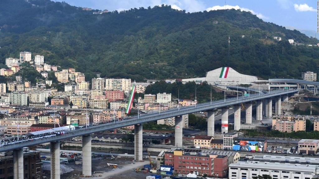 Puente en Italia reconstruido tras tragedia por lluvias