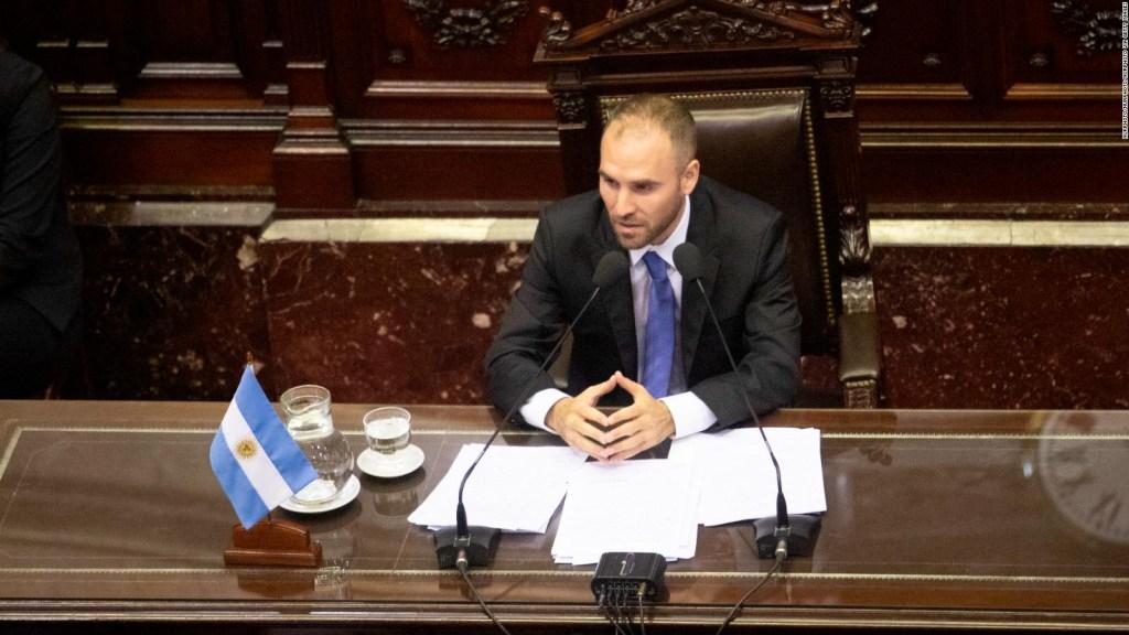 Argentina alcanza acuerdo por su deuda