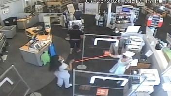Mujer atacada tras pedir a otra que se pusiera tapabocas