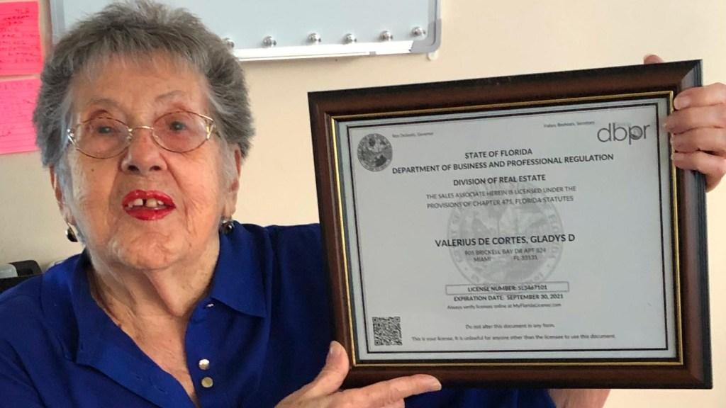 Una corredora de bienes raíces que, a sus 83 años, contagia optimismo