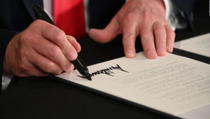 Los decretos de Trump tendrían un desafío legal y de implementación