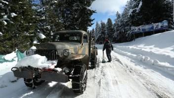 Temporal de nieve golpea a Bariloche, Argentina