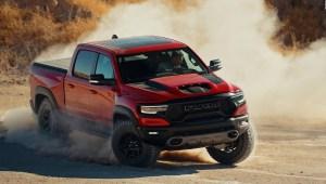 Mira la nueva camioneta Ram 1500 TRX