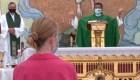 Negocios y templos reabren en Panamá tras cierres por covid-19