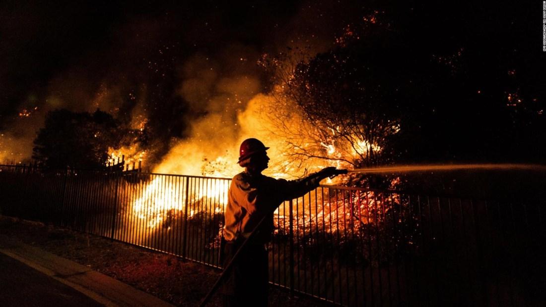 California, entre el coronavirus y una ola récord de calor