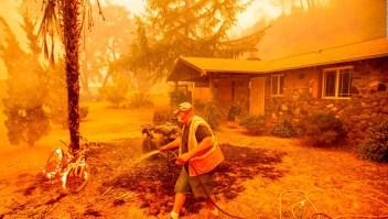 Ola de calor podría agravar incendios en California