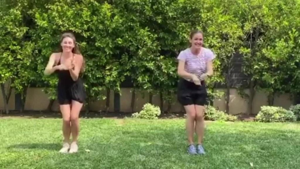 """Jennifer Garner sorprende a sus seguidores bailando """"Grease"""""""