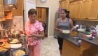 Esperando el huracán Laura: esta familia latina no evacuará