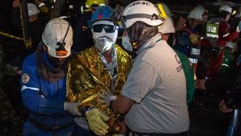 Rescatados con vida 3 mineros en Colombia después de 5 días atrapados en una mina