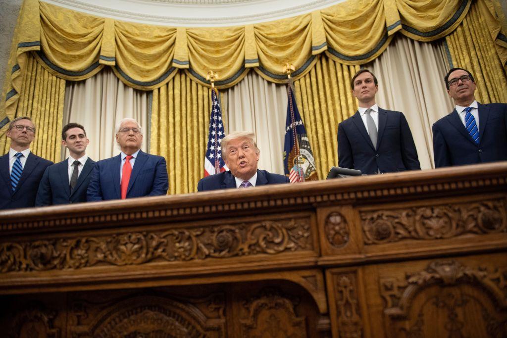 Trump anuncia que Israel y los Emiratos Árabes Unidos han establecido una «normalización total de las relaciones»