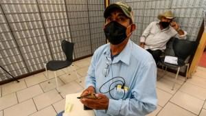 La economía en la pandemia está perjudicando a los latinos estadounidenses más que a cualquier otro grupo