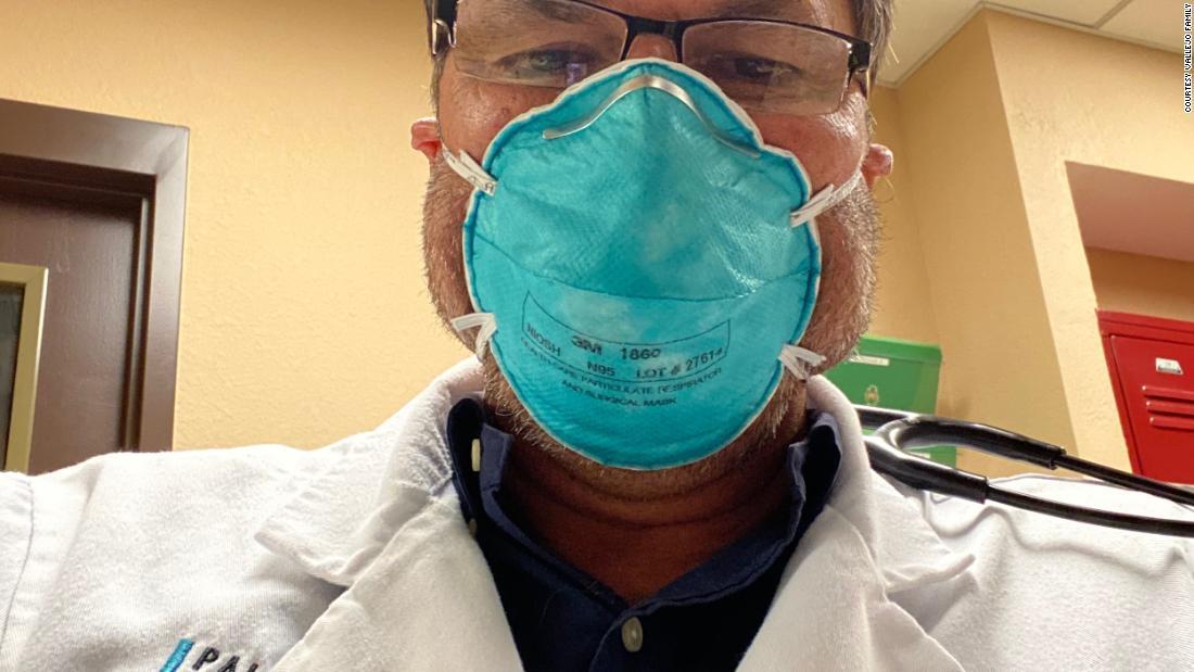 Padre e hijo médicos mueren de coronavirus con semanas de diferencia después de ser hospitalizados el día del padre