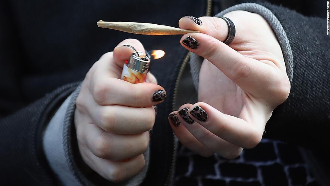 Marihuana: fumarla no es bueno para tu corazón, dice un estudio – CNN