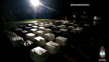 Incautan cocaína colombia cargamento armada masivo bote narcotraficantes