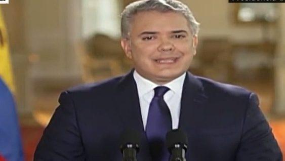 """Iván Duque sobre Álvaro Uribe: """"Soy y seré siempre un creyente en la inocencia"""""""