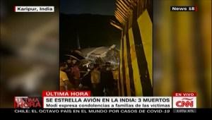Avión con pasajeros repatriados se estrella en la India