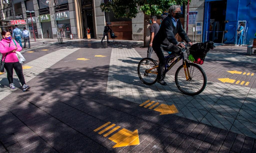 Chile inicia proceso de apertura tras larga cuarentena
