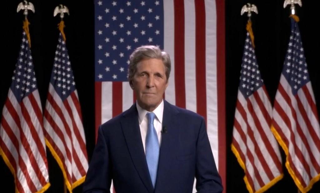 John Kerry: Trump no sabe cómo defender a nuestras tropas