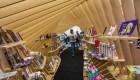 Lectores celebran la reapertura de librerías en México