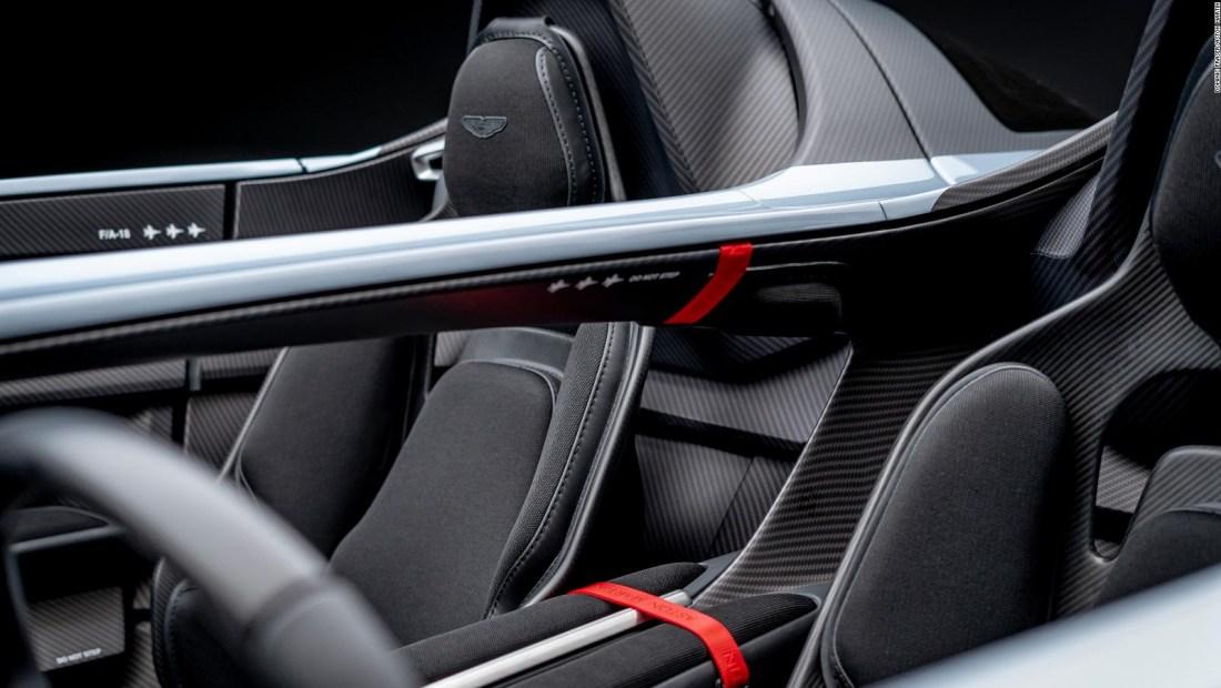 Aston Martin lanza su propio simulador de carreras