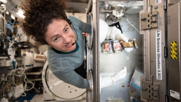 Astronautas harán campaña de Estée Lauder en el espacio