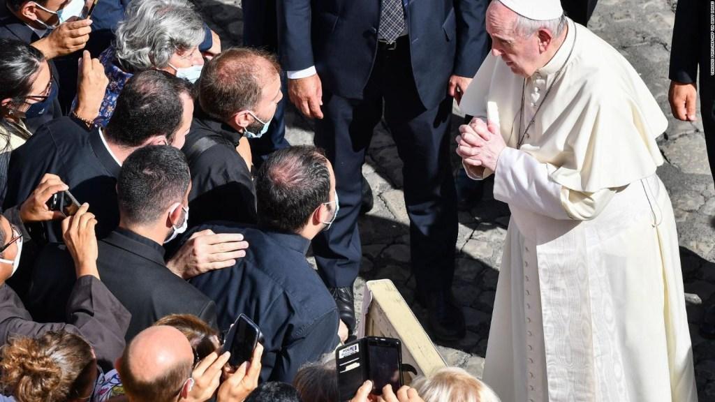 El papa brinda primera audiencia con público en 6 meses