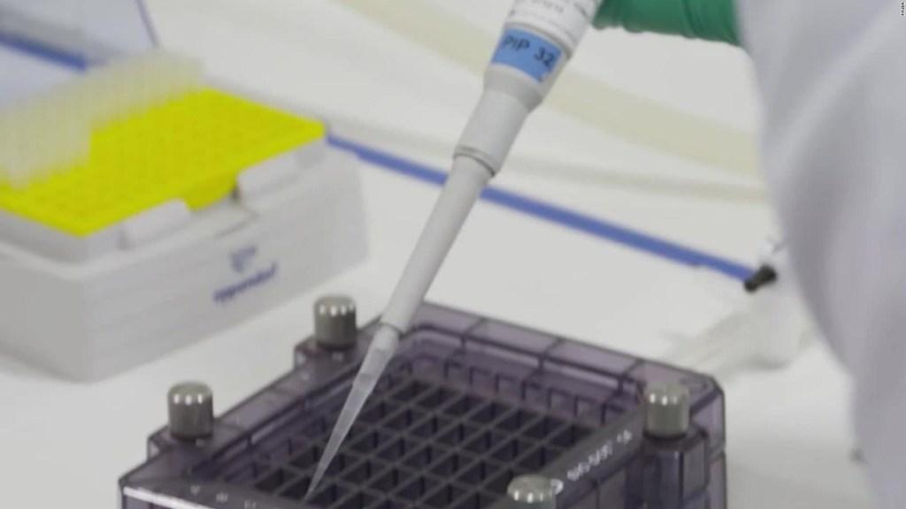 Voluntario para pruebas de vacuna revela por qué lo hace
