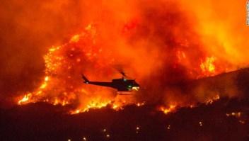 Un incendio en California provocado por una fiesta para revelar el género del bebé ha aumentado a más de 4.000 hectáreas