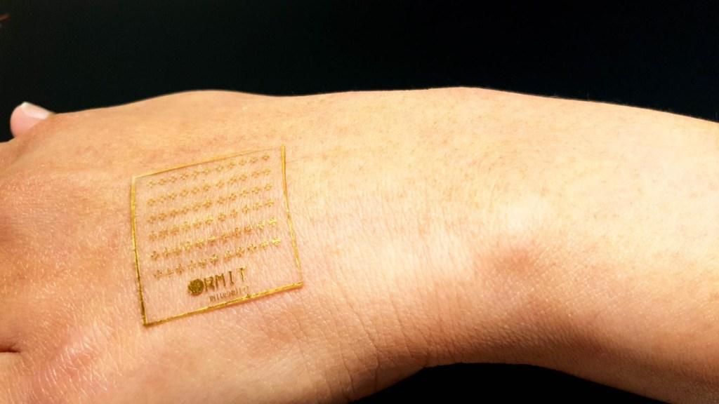 Crean piel electrónica que reacciona al dolor