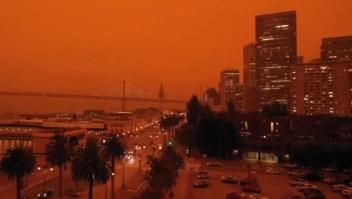 Incendios tornan de naranja el cielo en San Francisco