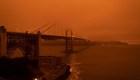 Incendios cambian panorama en costa oeste de EE.UU.
