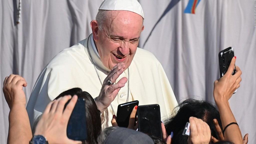 El placer sexual o culinario, es divino, dice el papa